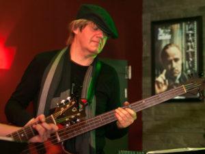 Matthias-Klingebiel,-Bass
